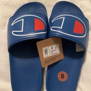 Men's Champion slides, size 8